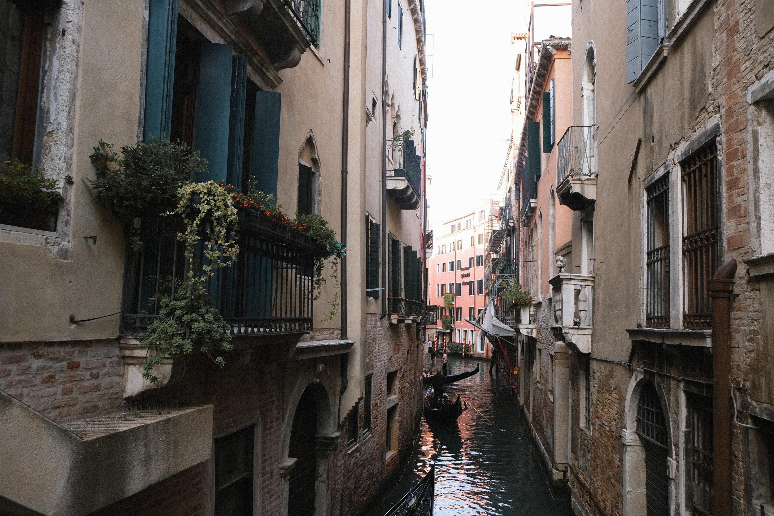 Lesly Lotha_Venice_Italy 01.jpg
