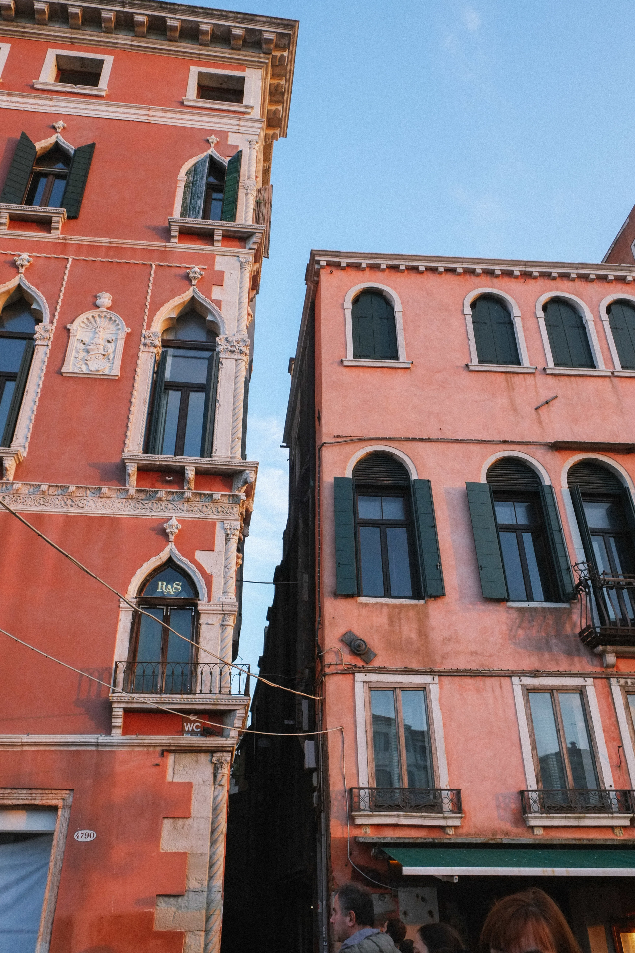 Lesly Lotha_Venice_Italy 07.jpg