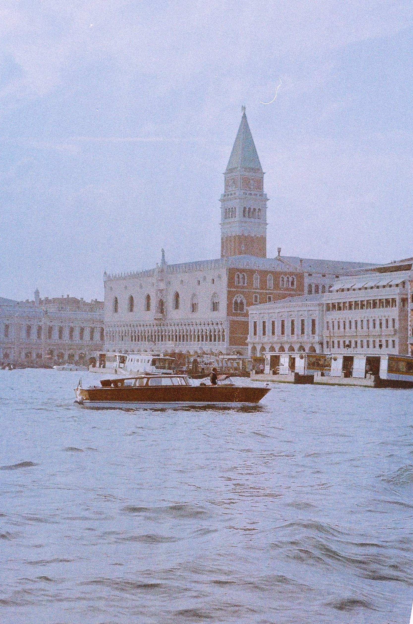 Lesly Lotha_Venice_Italy_Film Photography 05.jpg
