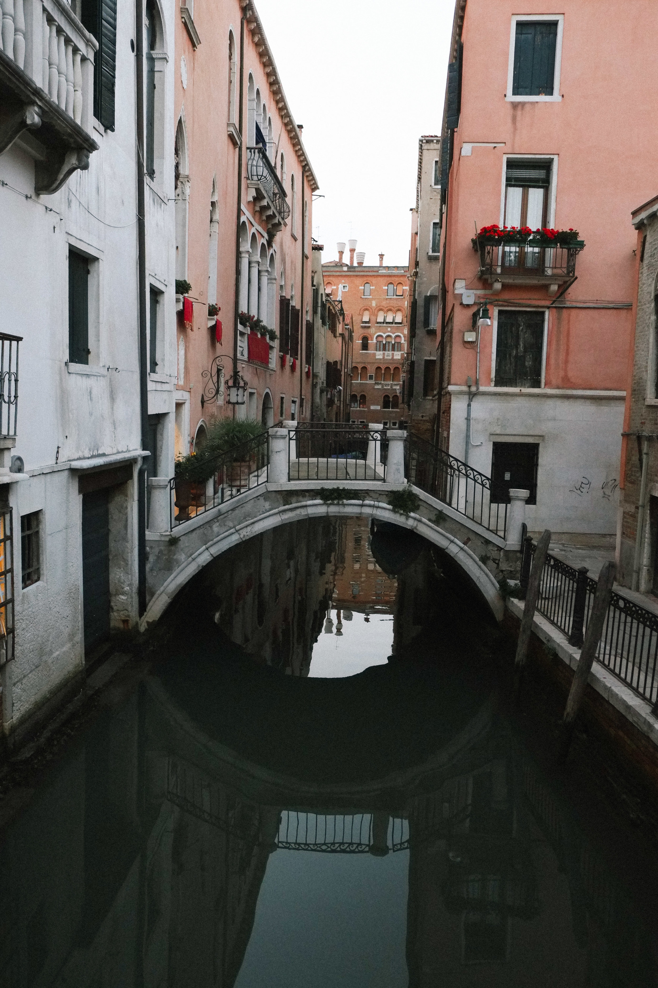 Lesly Lotha_Venice_Italy 08.jpg