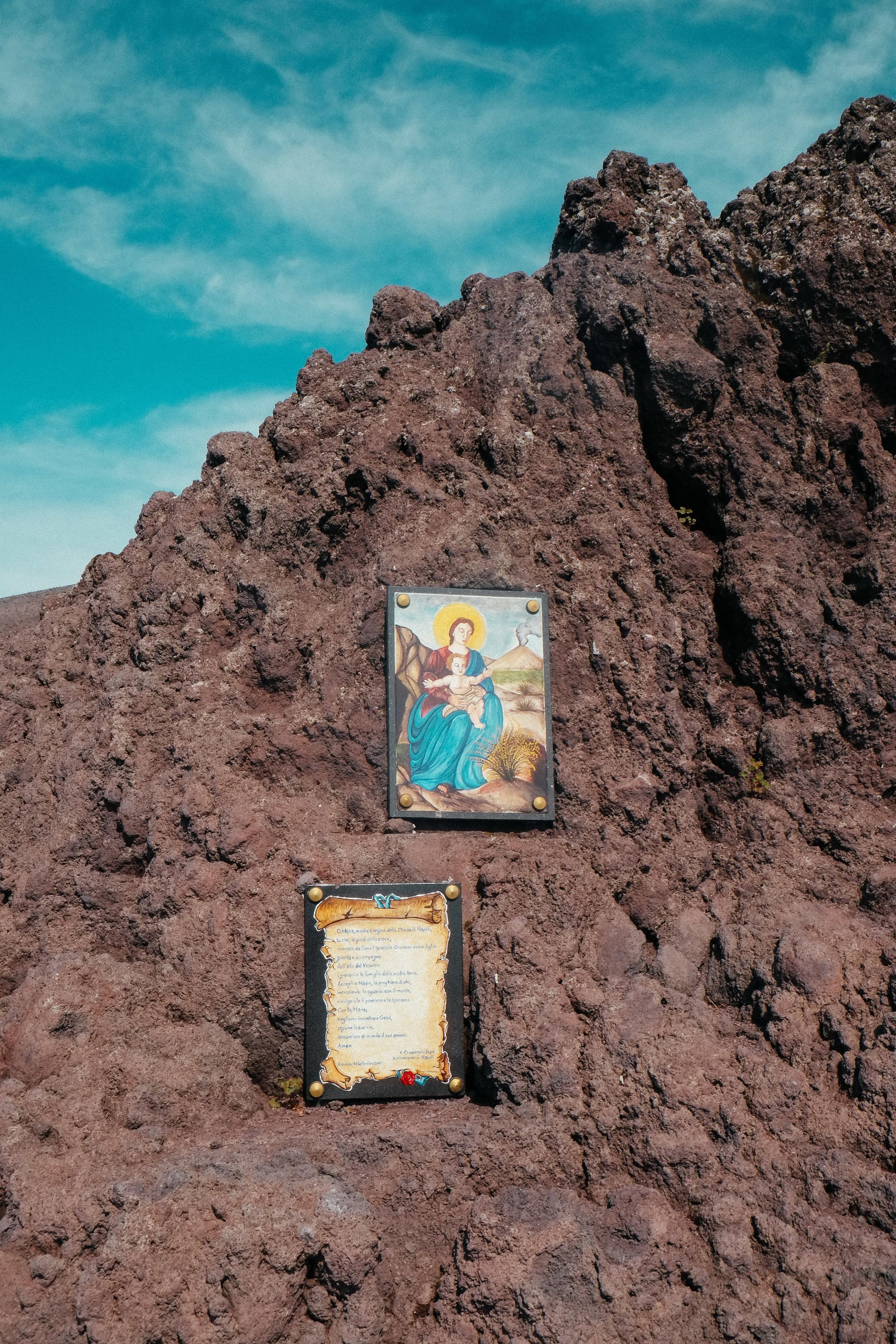 Lesly Lotha_Mount Vesuvius_Italy 13.jpg