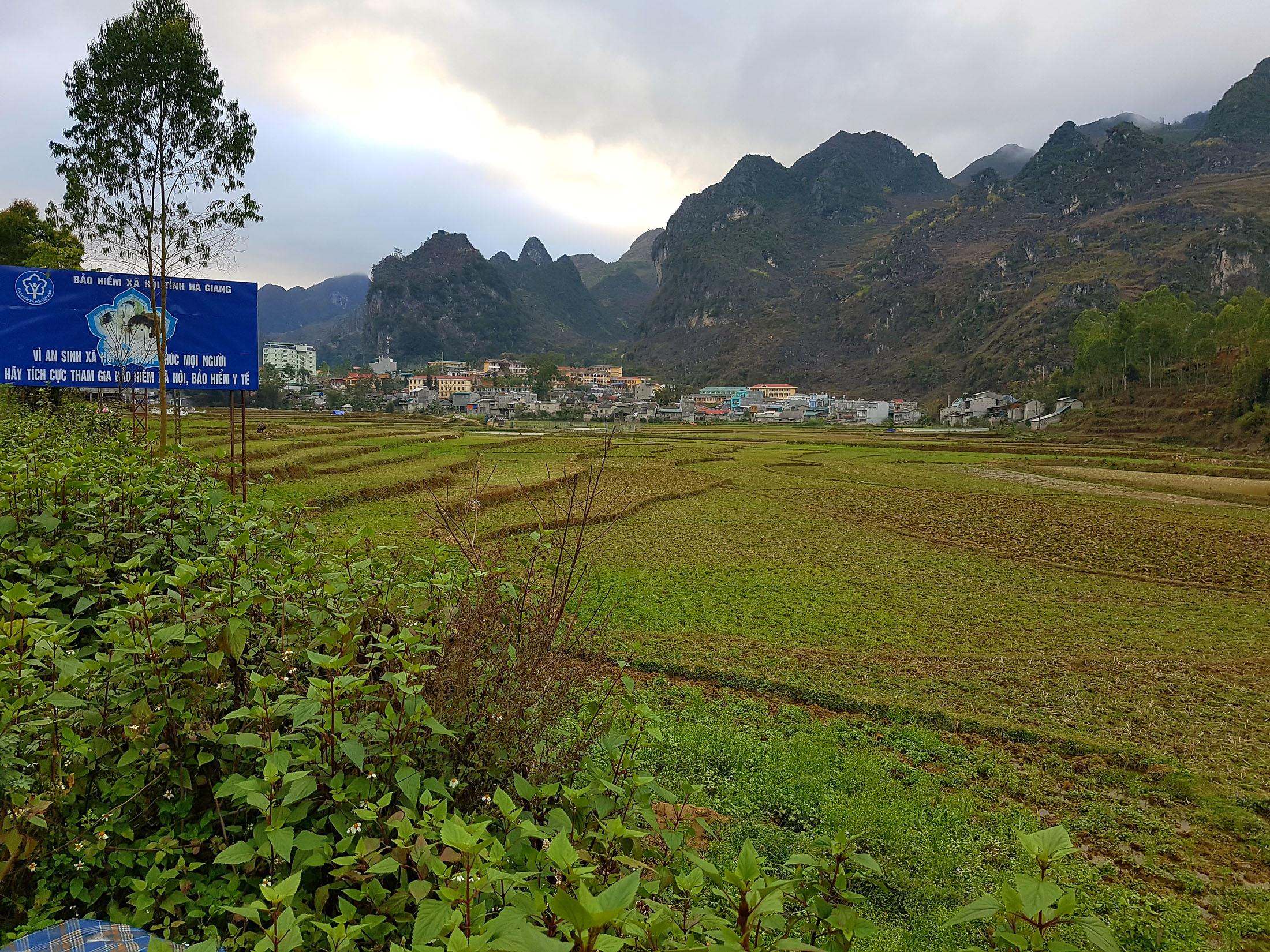 Saída da cidade HàGiang