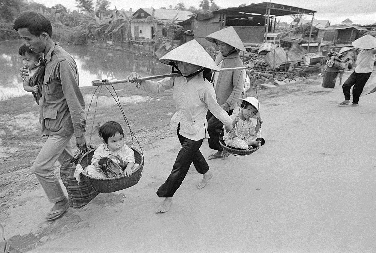 Em algumas comunidades rurais, as cestas levam até criancinhas 😍