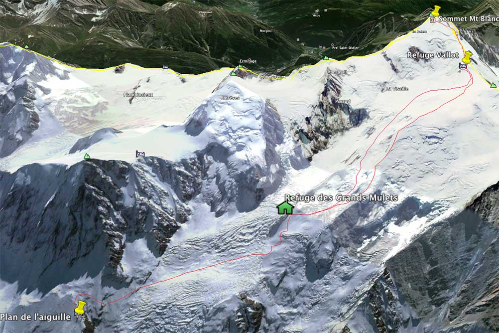 ski-Mont-blanc-through-Grands-Mulets-route(3).jpg