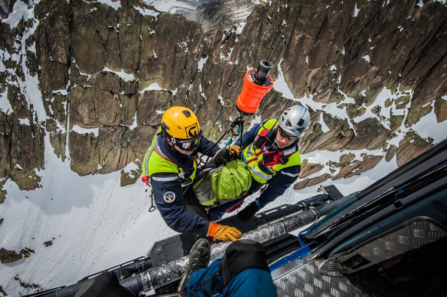 Resgate em andamento nos arredores do Mont Blanc