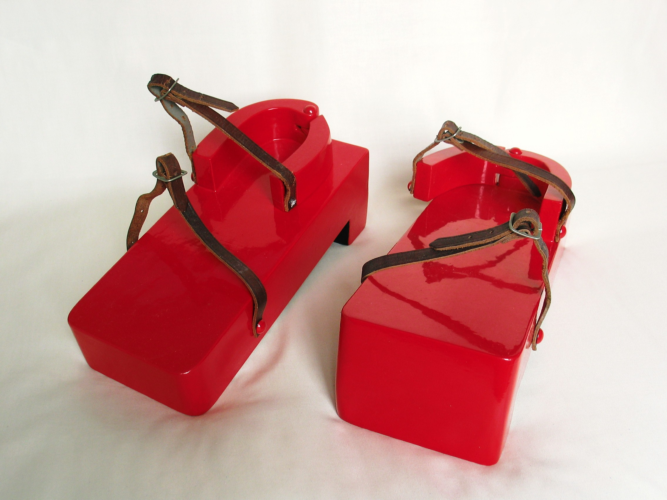 Red Geta Shoes