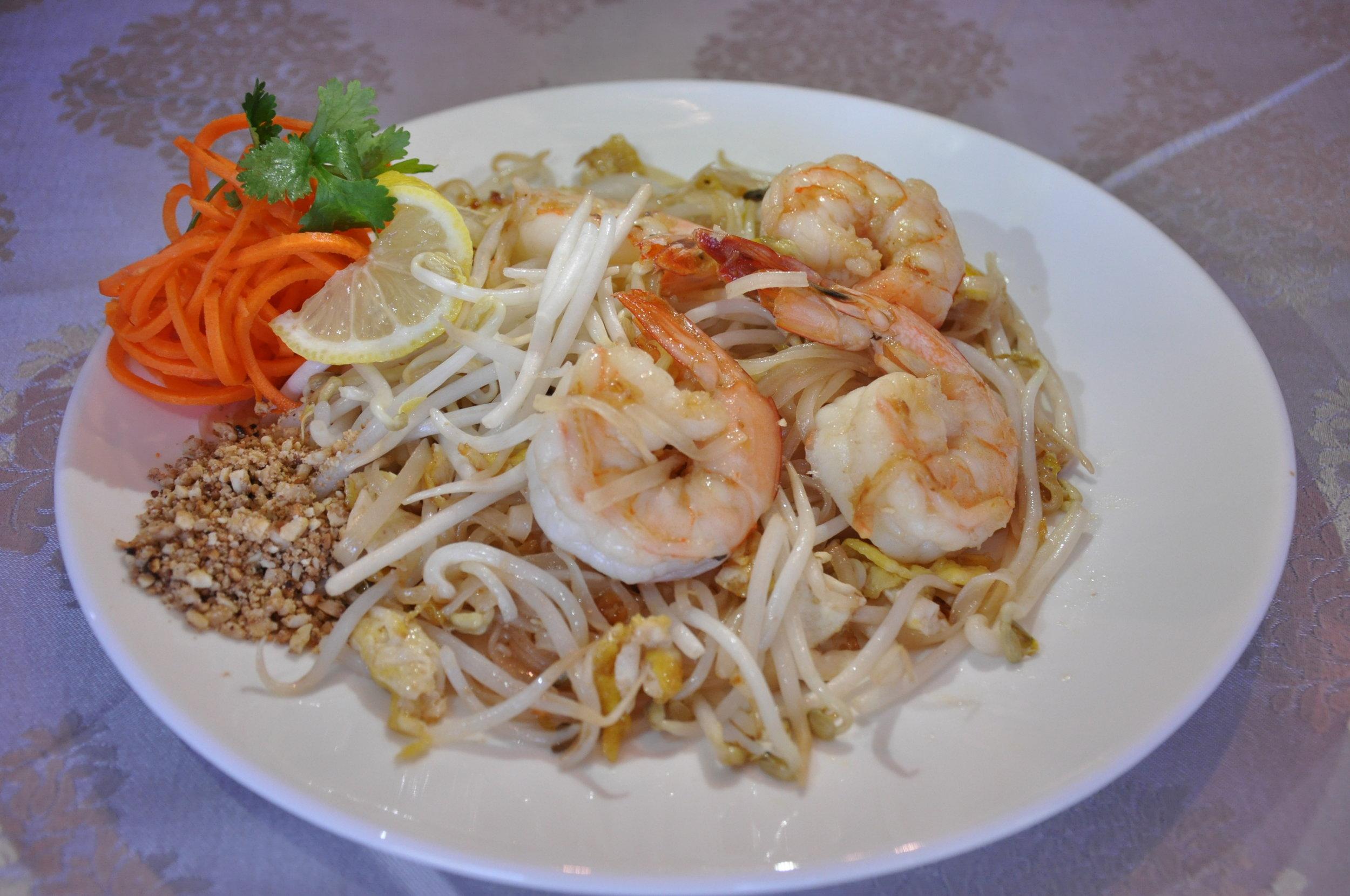 Pad Thai w/ Shrimp