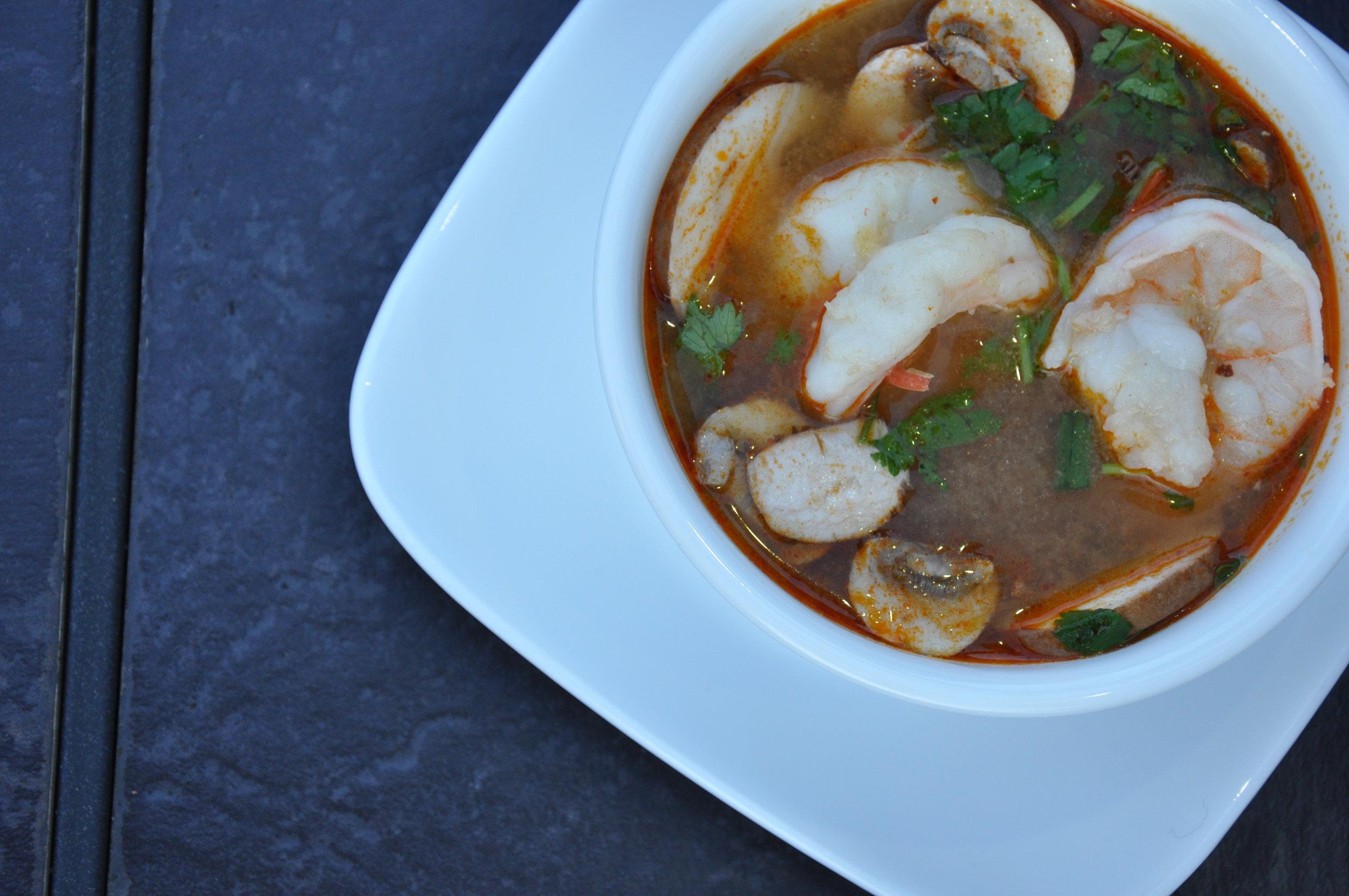 Tom Yum Soup w/ Shrimp