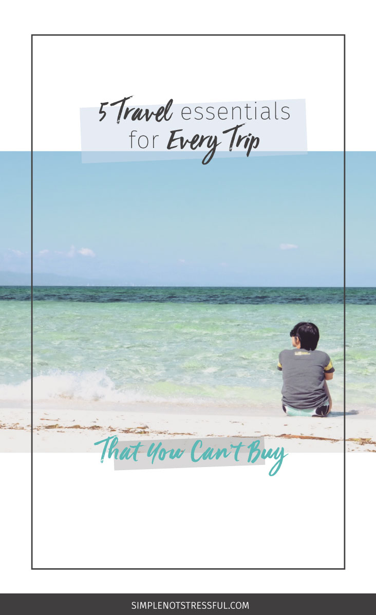 I've learned to bring these travel essentials on every trip I go on. Click through so you can take them on your travels too!
