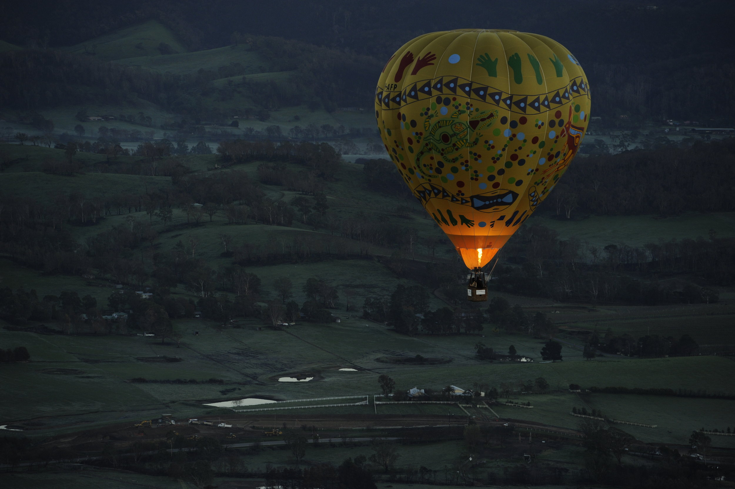 A picture Bill took of the hot air balloon I was in with Gen, Mr. Blue and an Australian balloon pilot.
