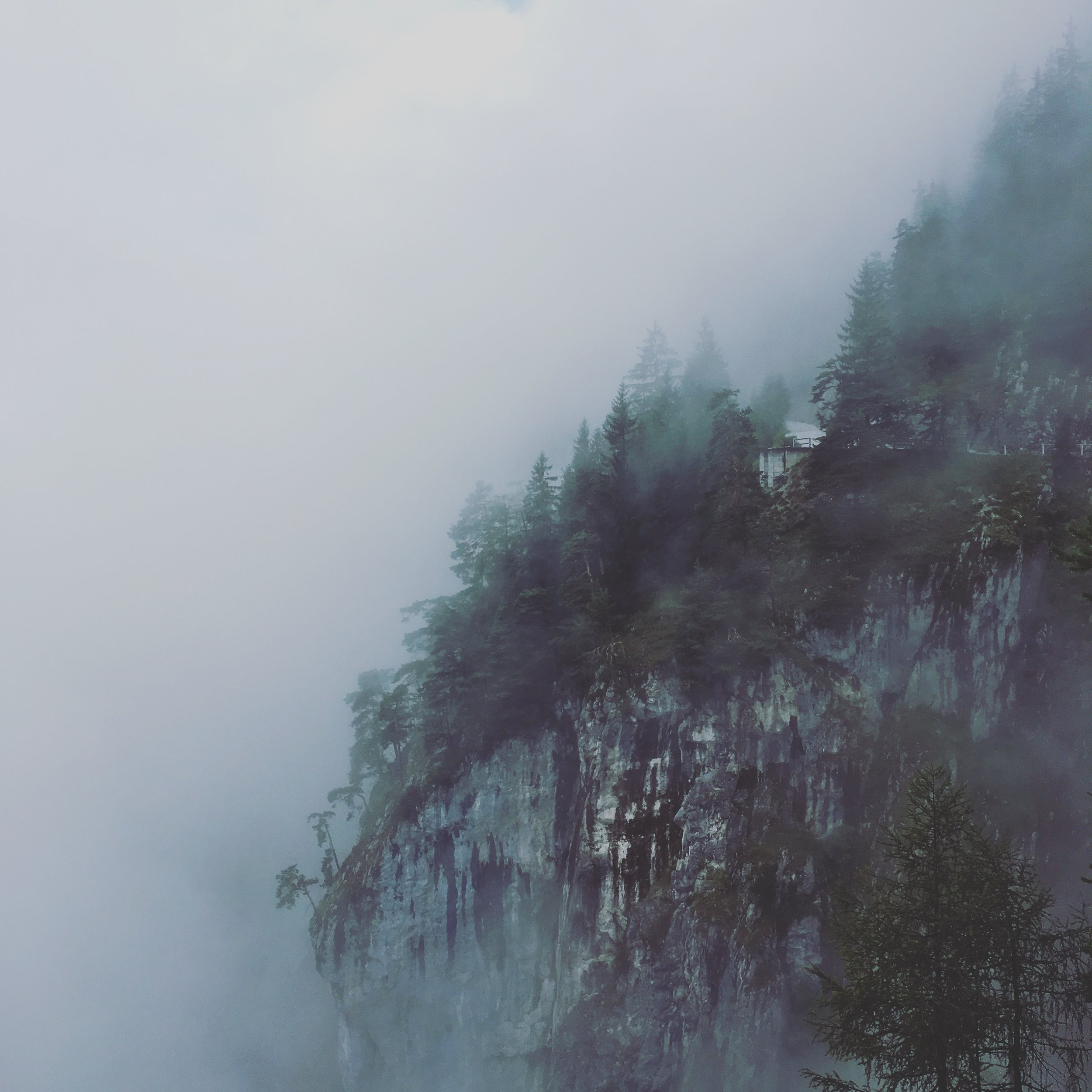 Fog covered mountains, Eisriesenwelt