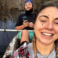 Laini Jo Hicks  - Laini ( Ethans other half ) Is your eco tour queen. Whether its hunting for sharks teeth out on the islands or just paddling down the waterway catching the rays, she's your gal.