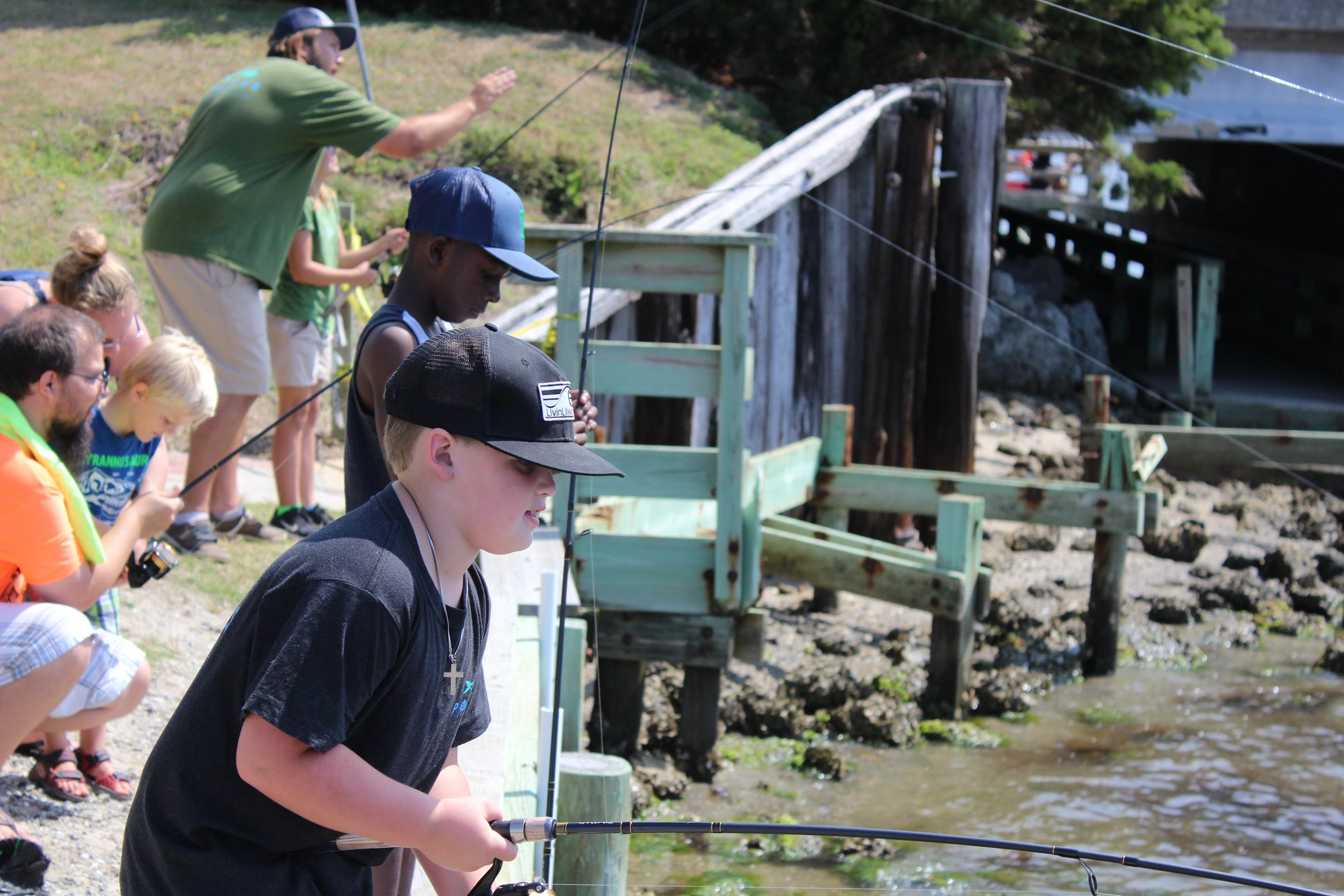 kids fishing 3.jpg
