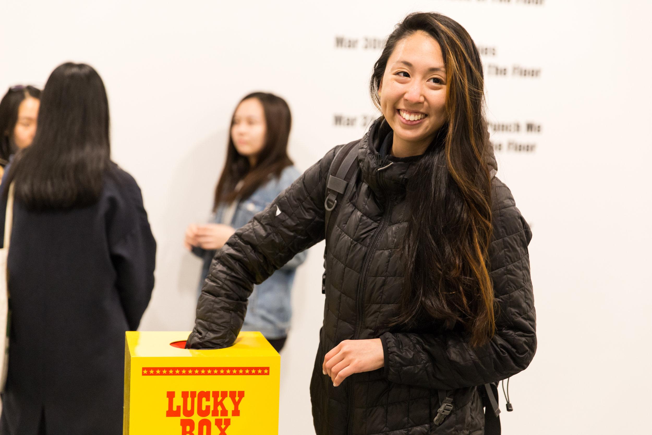 Ceci_Mengyin_Wang_luckybox2.jpg