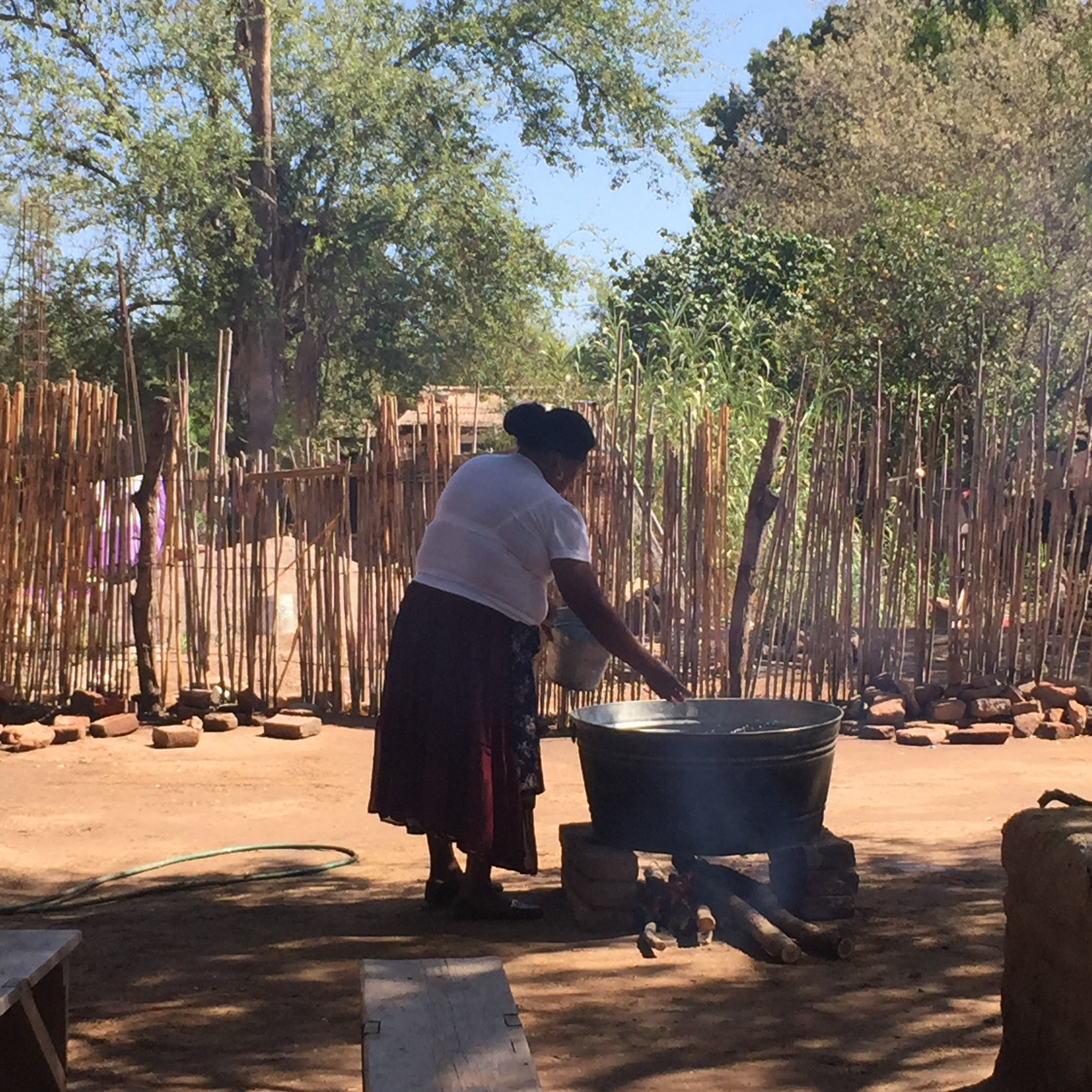 Yaqui Cocinera making Wacavaci, Torim workshop, April 14th 2016.JPG