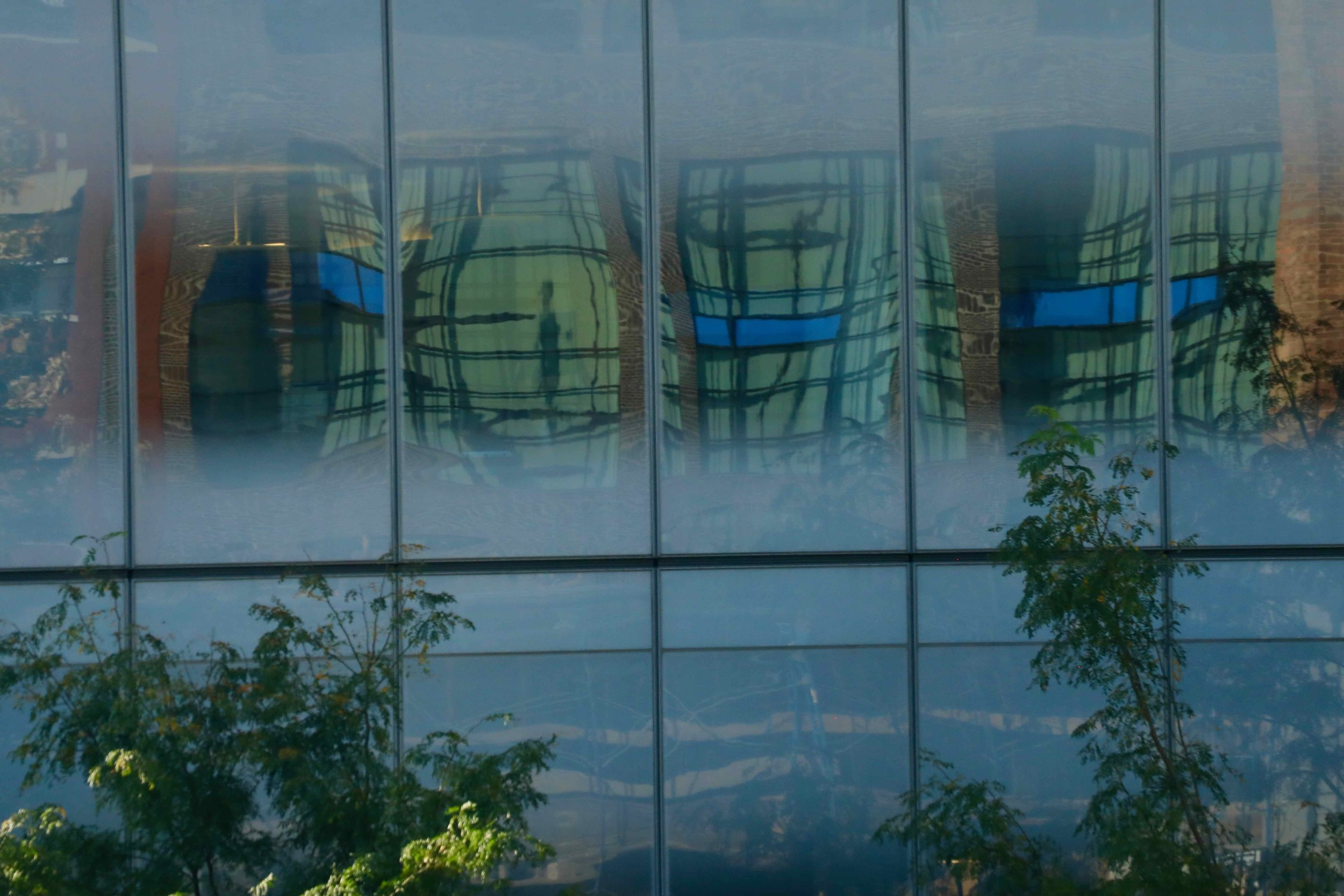 Mondrian Reflections