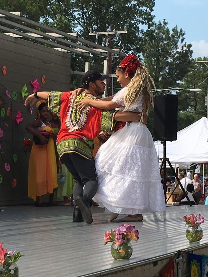 Dancers Marisol Betancourt and Roberto Whitaker