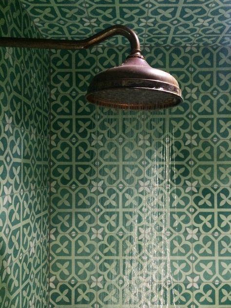 colourfulbathrooms3.jpg
