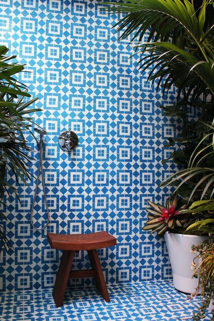colourfulbathrooms11.jpg