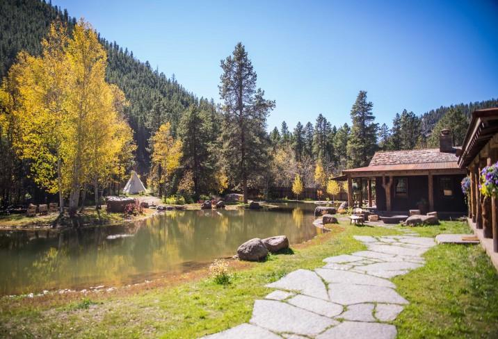 3365087-taylor-river-lodge-almont-colorado.jpg