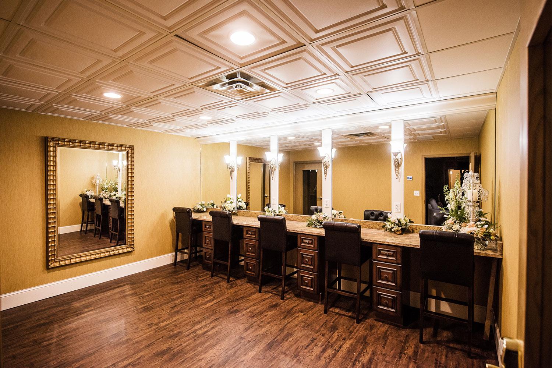 The Charleston Event Center Brides Suite