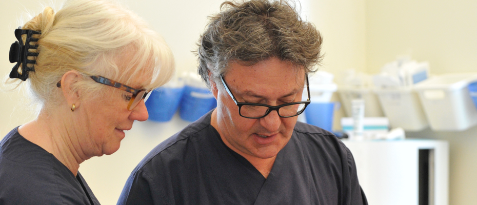 NZ General Surgery and Medical Rick Cirolli MD. and Vascular Sonographer Bronwen Allen at work