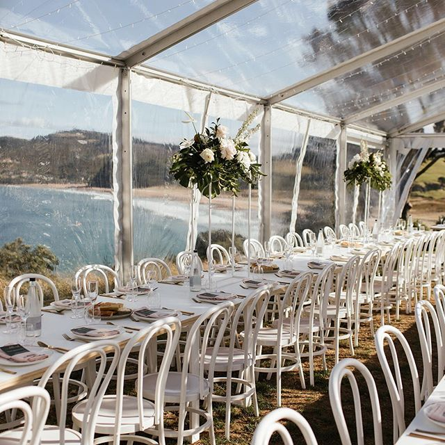 Ocean views and this pretty set up! Looking back at one of our all time faves! Narissa & Damien sure know how to celebrate!  Photo @beksmithimages  Florals @floralstylist  Marquee @twelve_tables