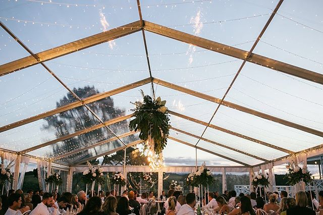 That clear sky for your viewing pleasure! Narissa and Damien's gorgeous set up from last summer!  Photo @beksmithimages  Marquee @twelve_tables  Florals @floralstylist  Lighting @vintage_and_style