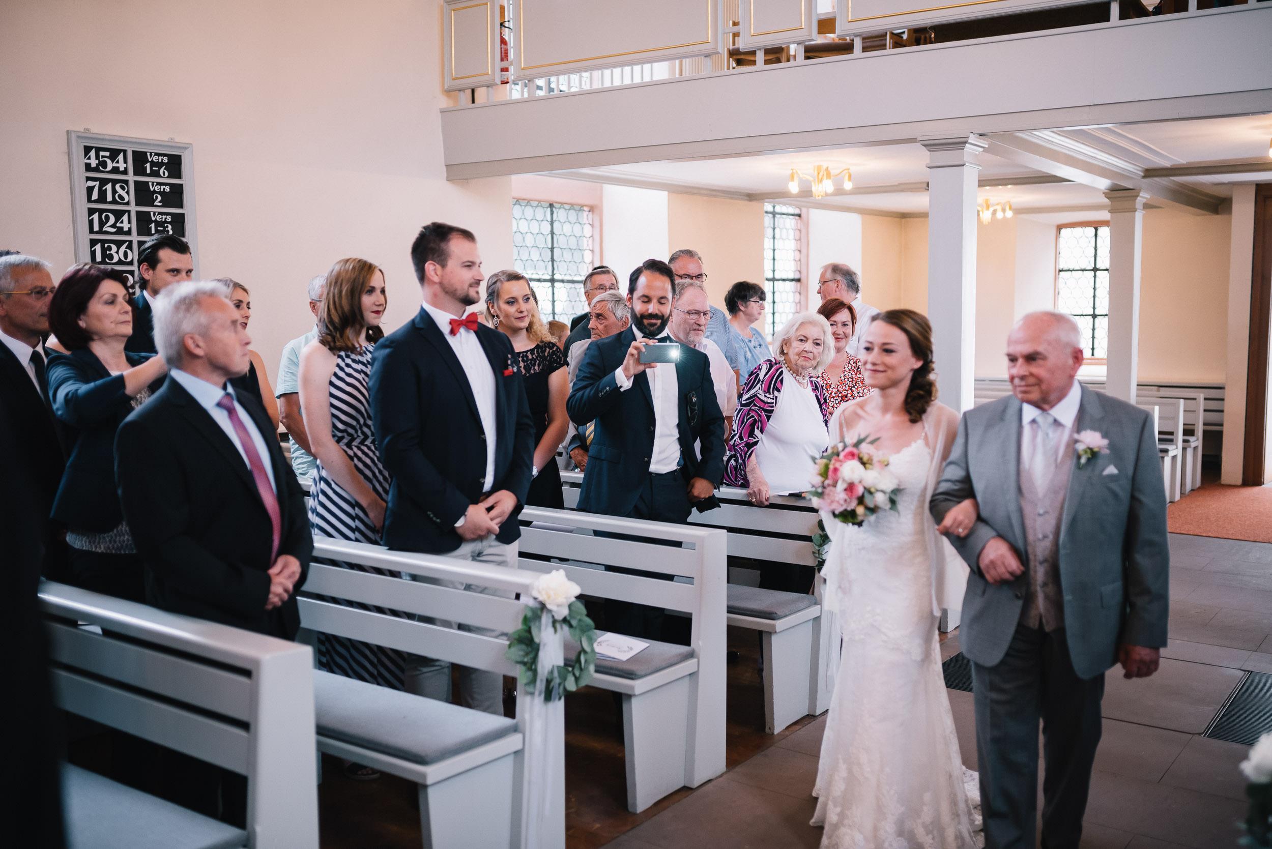 Hochzeit-Julia+Lars-Leimen+Bonsaizentrum-HD-024.jpg
