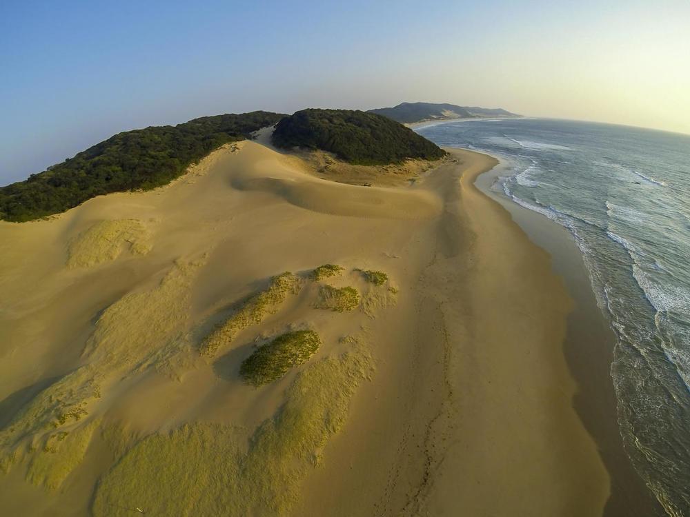 Vue du ciel plage Thonga Beach Lodge