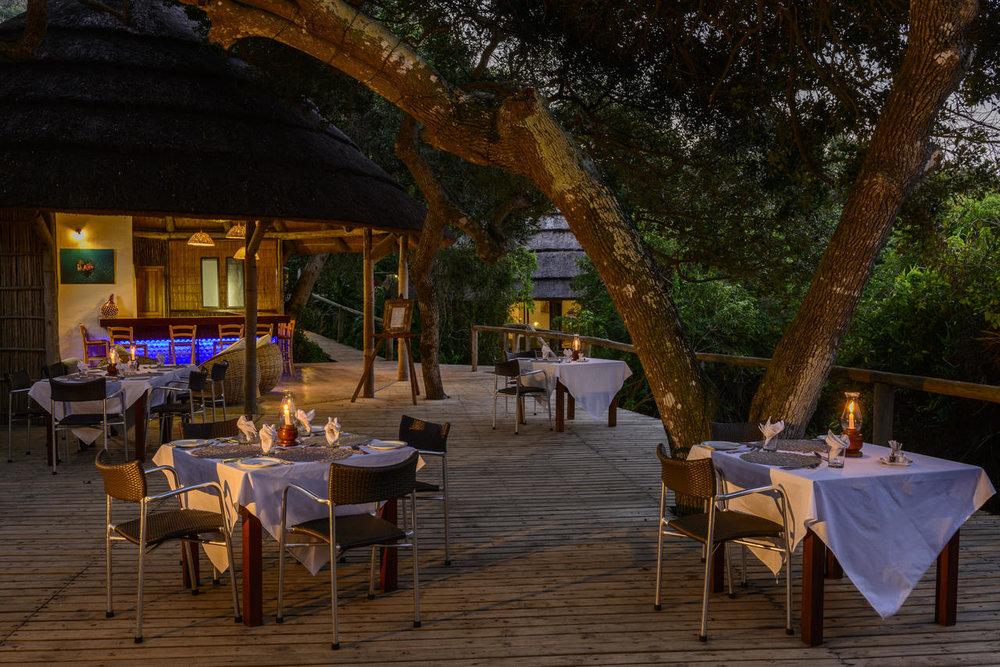 Terrasse de nuit Thonga Beach Lodge