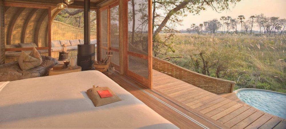 Vue du lit Sandibe Safari Lodge
