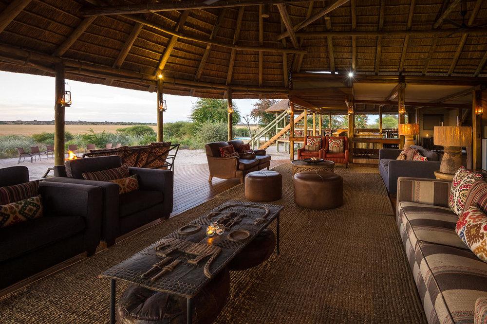 Salon Kalahari Plains Camp