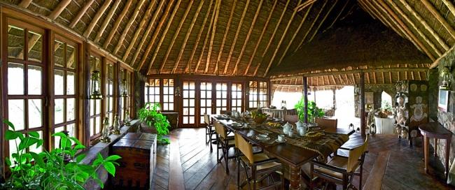 Salle à Manger Campi ya Kanzi