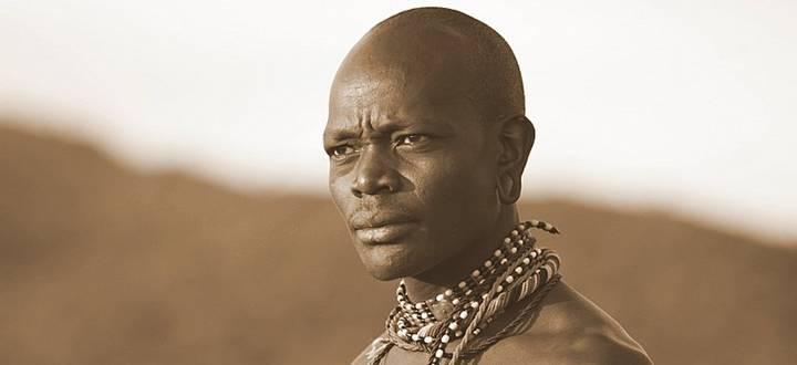 Masai visage Tassia Lodge