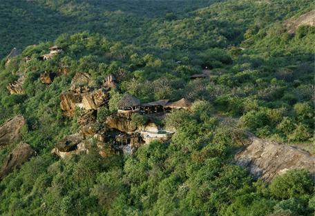 Vue du lodge dans montagne Tassia Lodge