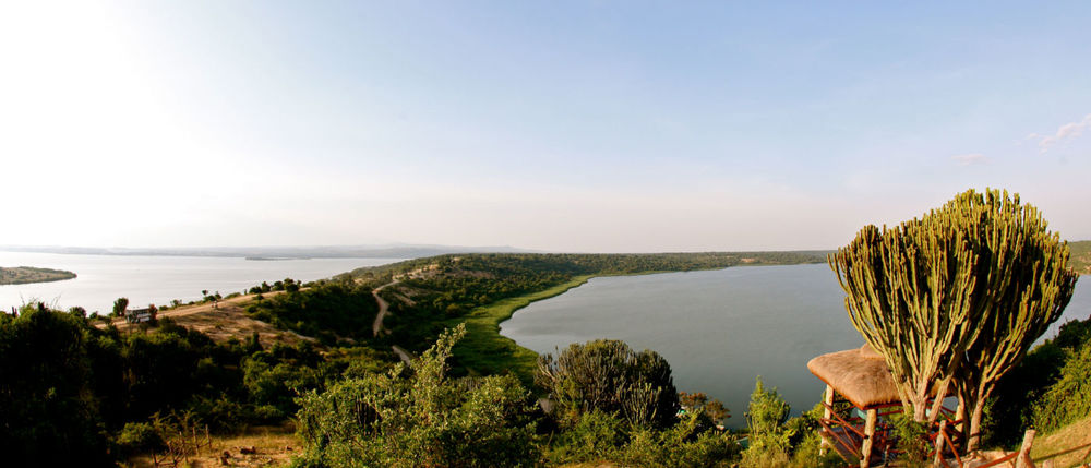 Vue sur la rivière Mweya Safari Lodge