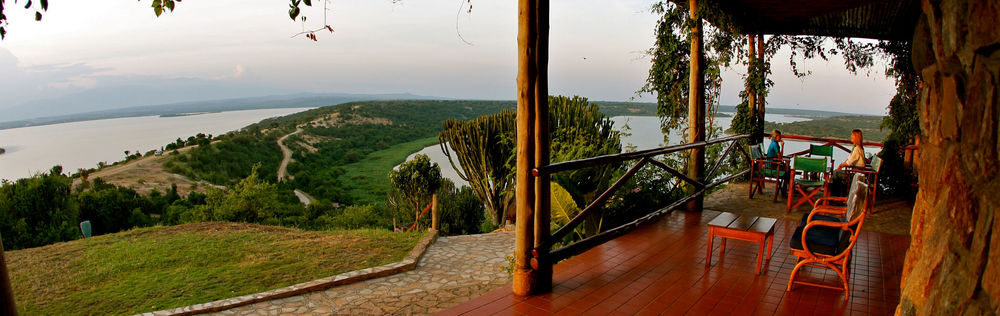 Vue de la Terrasse Mweya Safari Lodge