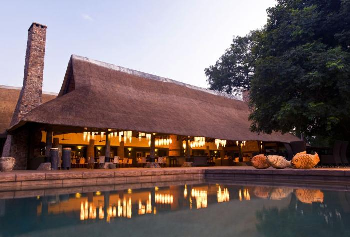 Piscine Mfuwe Lodge