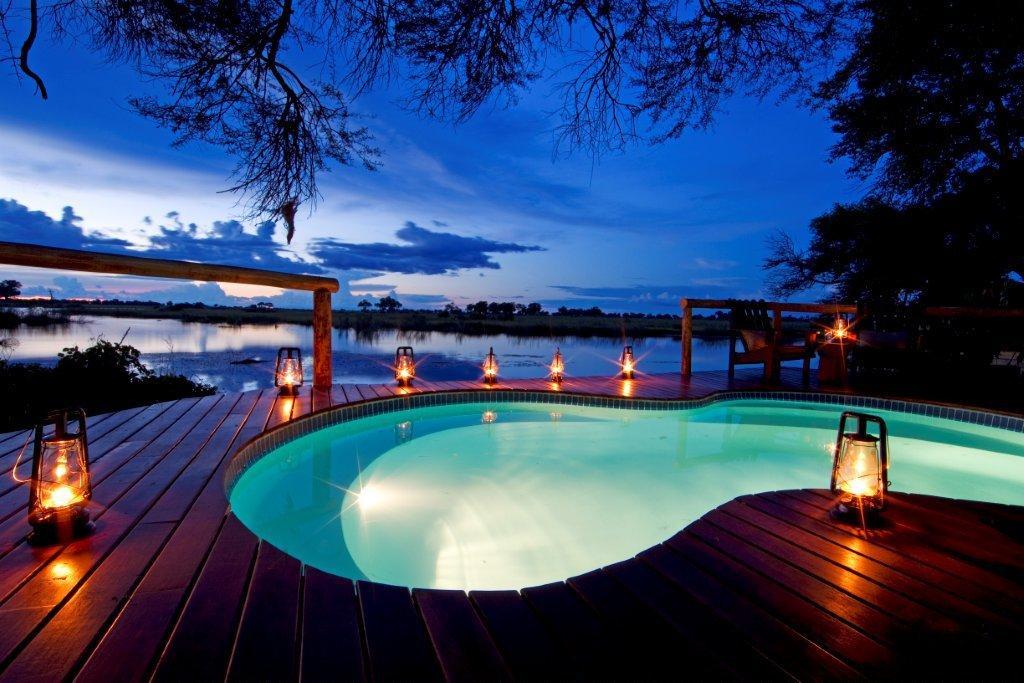 Piscine de nuit Lagoon Camp
