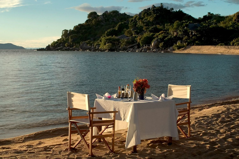 Déjeuner sur la plage Kaya Mawa