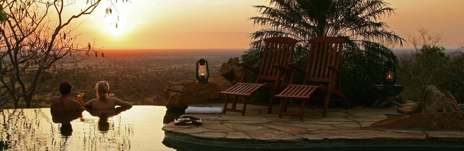 Voyage de noces Romance Kenyane - piscine à Elsa's Kopje