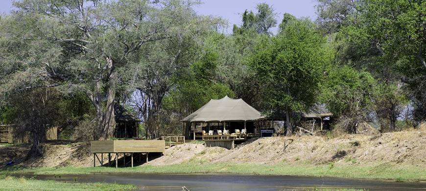 Safari Découvrez le Zimbabwé - vue du Ruckomechi camp
