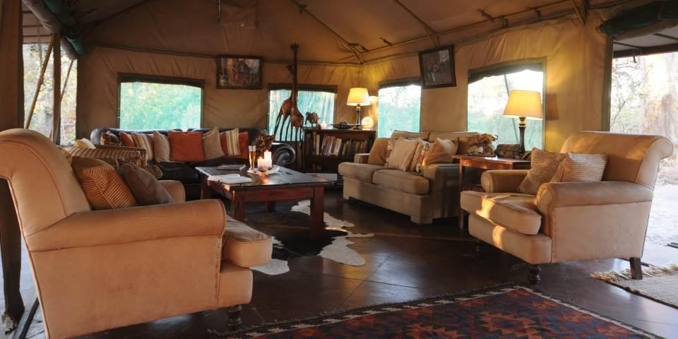 Safari à cheval au Botswana - intérieur de Macatoo