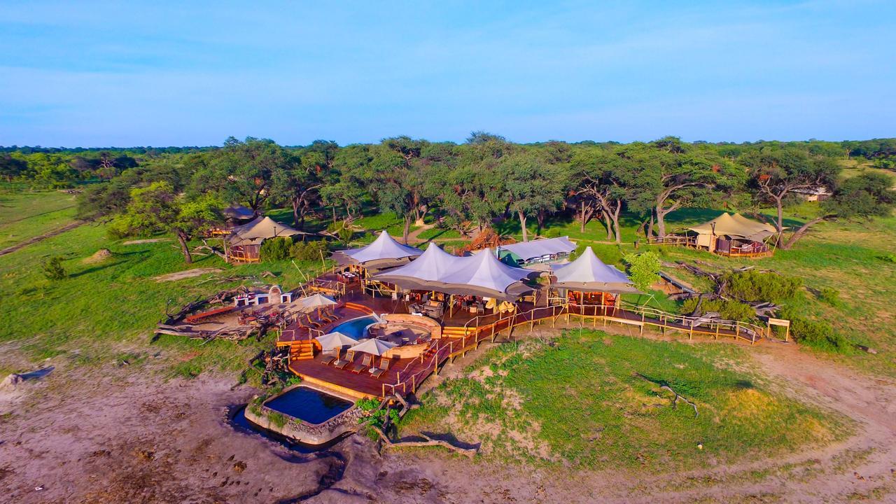 Safari Au Milieu des Eléphants - vue aérienne du Somalisa camp