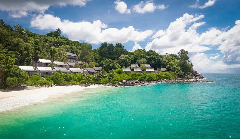 Vue depuis la mer du CaranaBeach hotel