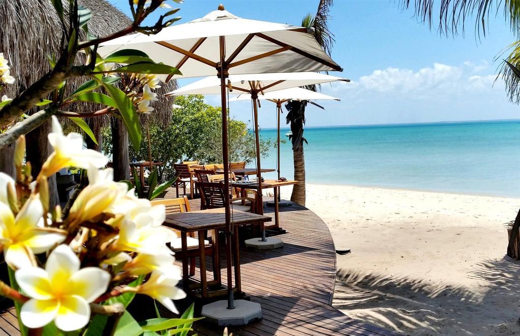 Lounge extérieur à Azura Benguerra Island
