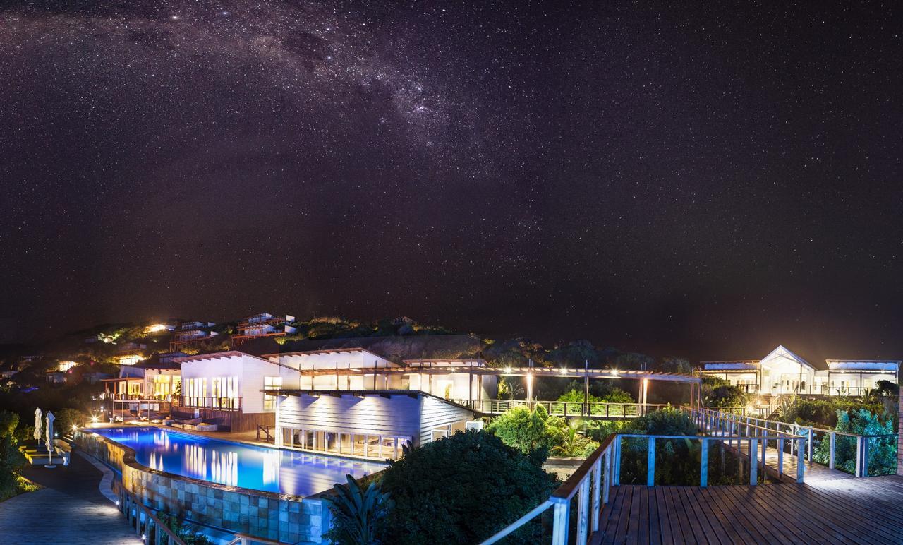 White Pearl Resorts de nuit