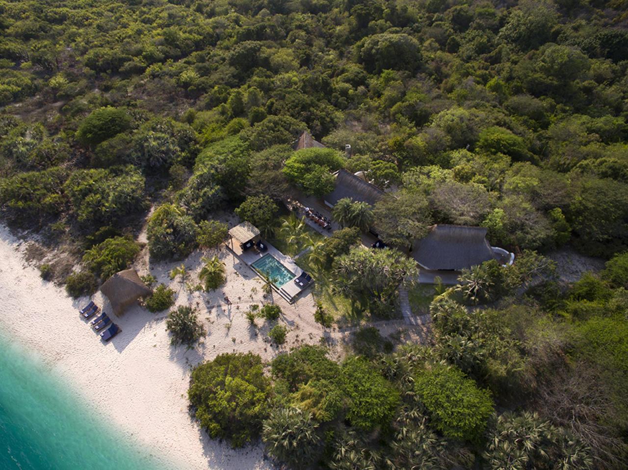 Voyage de noces Mozambique à la romantique - vue aérienne de &Beyond Benguerra