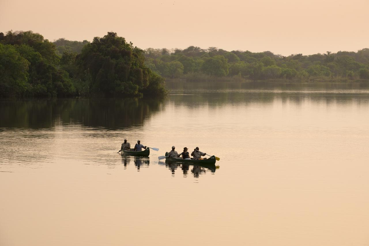 Canoe à Matetsi River House